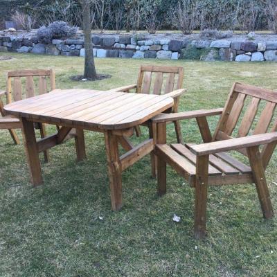 Gartentisch mit Stühlen - thumb