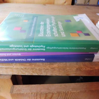 Schulbücher für Altenpflege - thumb