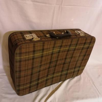 Koffer mit Stoffüberzug - thumb