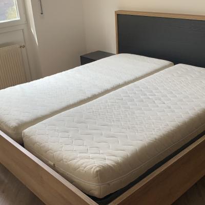Bett massiv Holz NEU - thumb