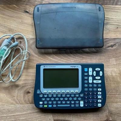 Texas Instruments Voyage 200 - grafischer Taschenrechner - thumb