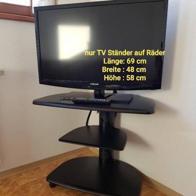 TV Tisch zu verkaufen - thumb