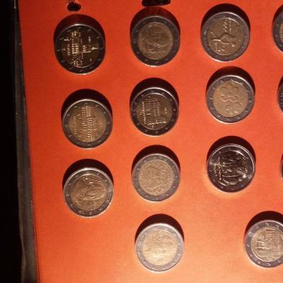 Verkaufe ein Teil meiner 2Euro Münzen Sammlung z.B. Gedenkmünzen - thumb