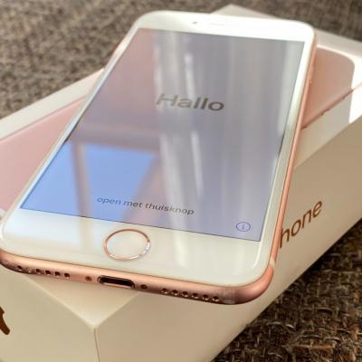 iPhone 7 Roségold 32 GB wie neu inkl. OVP + Zubehör - thumb