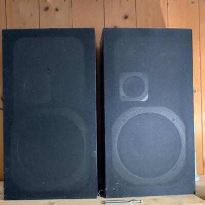 Grundig Lautsprecher/Boxen - thumb