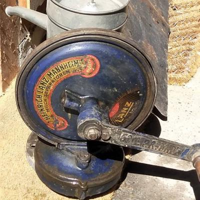 Antike Milchzentrifuge - thumb