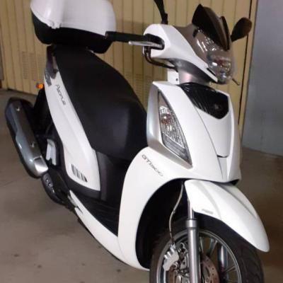 Scooter Kymco People 300 GTI - thumb