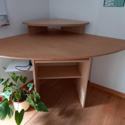 Schreibtisch - thumb