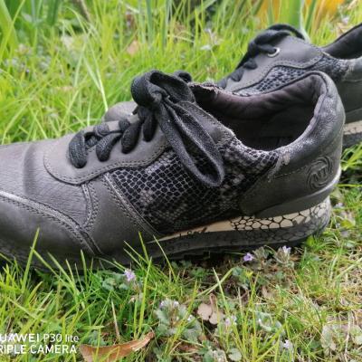 Sneakers Schuhe - thumb