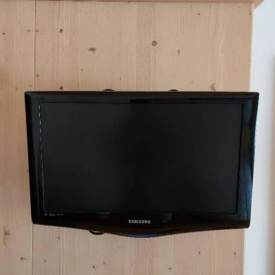 22 Zoll Fernseher - thumb