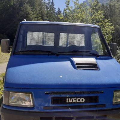 Bestandteile Lieferwagen Iveco - thumb