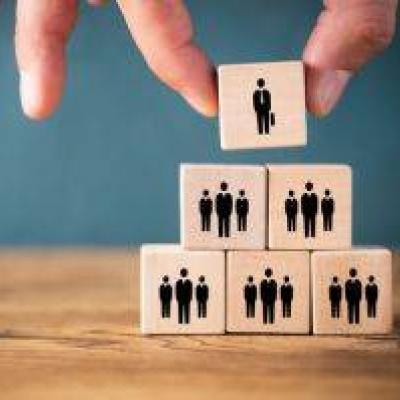 Als Führungskraft/Mitarbeiterin arbeiten - thumb