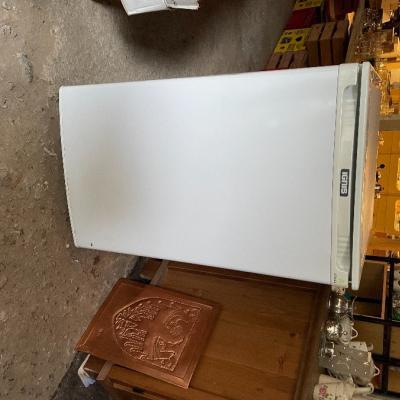 Kleiner Kühlschrank - thumb