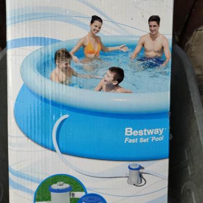 Schwimmbad mit Pumpe - thumb