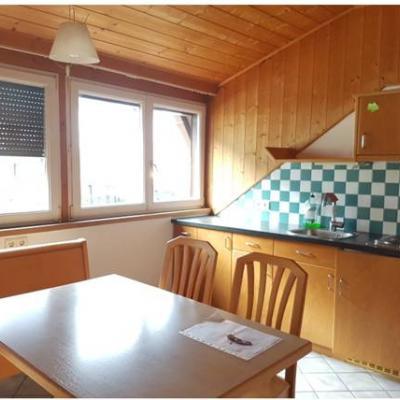 Geräumige Ein-Zimmer-Mansardenwohnung in Kaltern zu vermieten - thumb