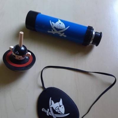 Piraten Spiel alles zusammen - thumb
