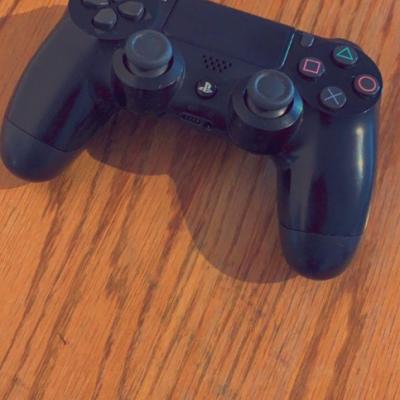 Neuer PlayStation 4 Controller - thumb