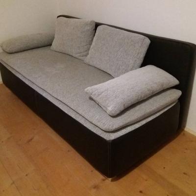 Ausziehbare Couch zu verkaufen - thumb