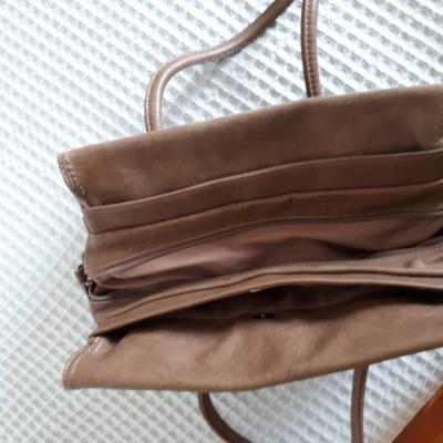 Braune Handtasche  abzugeben - thumb