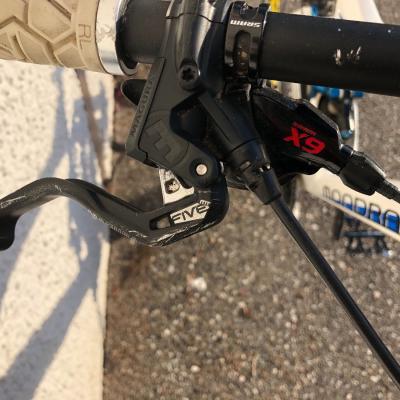 Downhill Fahrrad Mondraker summum pro team - thumb