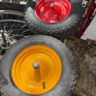 Schubkarren Reifen - thumb