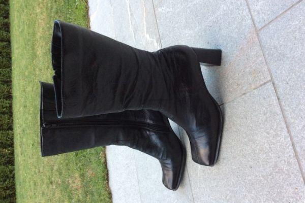 Stiefel Größe 38 - Neupreis 120,00 Euro