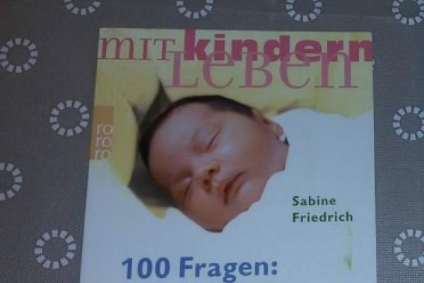 100 Fragen Babyschlaf