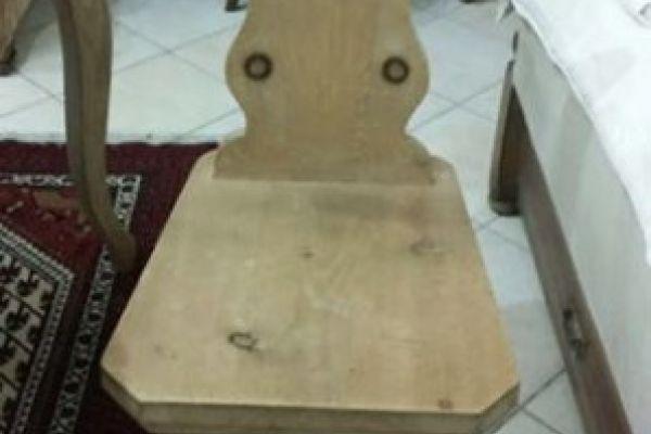 Antiker alter Bauerstuhl aus Meisterhand 350 euro