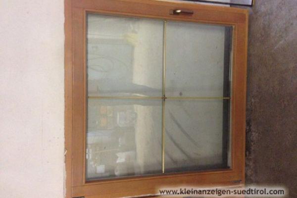 Neuwertige Fenster mit Stock