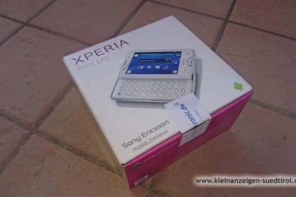 Handy XPERIA Mini PRO weiss gebraucht