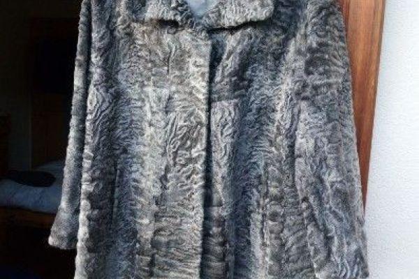 Echter Persianer Mantel zu verkaufen