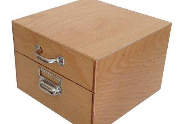 Holz-Karteikasten DIN A4 oder größer