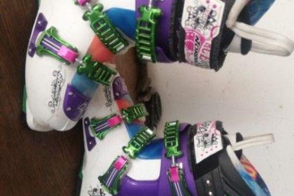 Freestyle-Ski + Schuhe