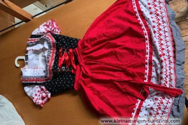 Rose Dirndl mit Bluse