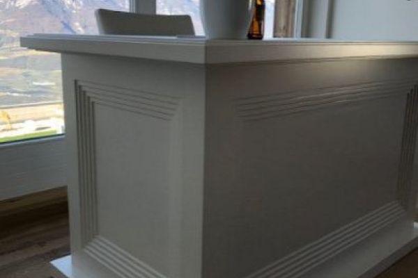 Schreibtisch mit Glaseinlage & Schubladen