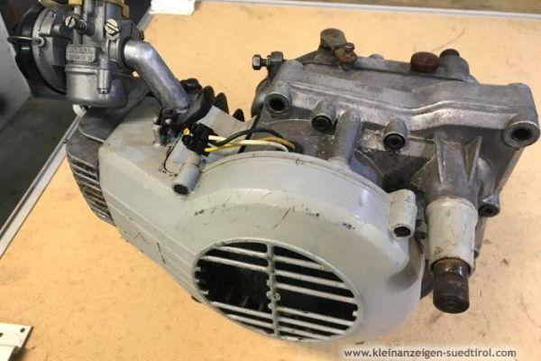 Minarelli V1 Motor mit Vergaser
