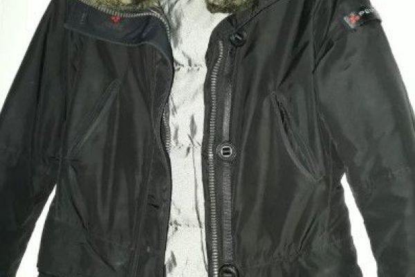 schwarze Jacke Peuterey