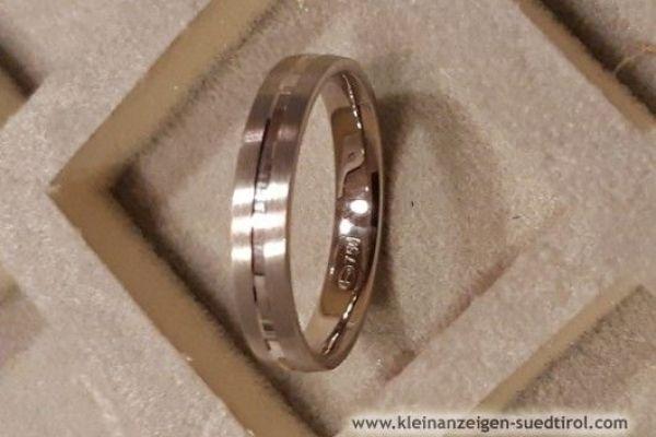 Ring in 750er Gold zu verkaufen. 18ct.
