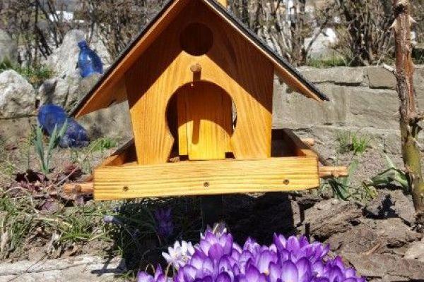 Vogelhäuser selbst gemacht