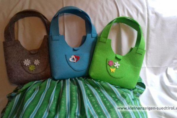 schöne Filzhandtaschen