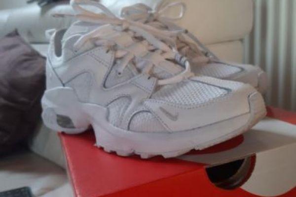 Turn-/Freizeitschuh Nike Air Max weiß - Größe 37,5