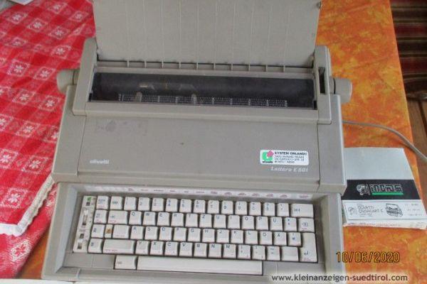 ElektronischeSchreibmaschine Olivetti Lettera E501