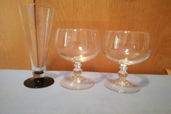 Gläser, Tassen, Eisbecher / Bicchieri, tazze, coppetta