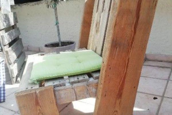 Ich biete Terrassenmöbel an...