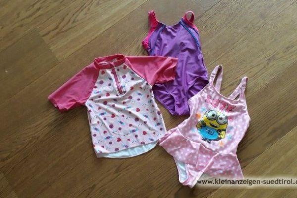 Badeanzüge und Schwimmshirt für Mädchen, Gr 98-110