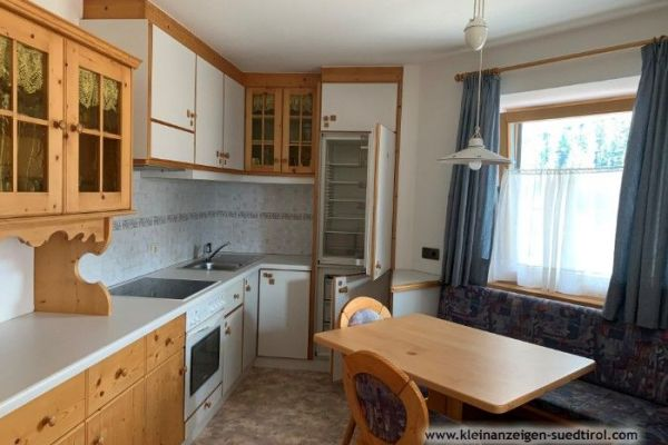 ANGEBOT komplette Küche, Sitzecke und Schlafzimmer