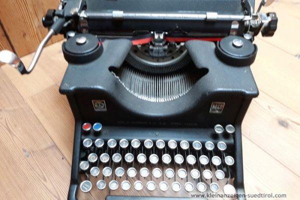 Olivetti M40
