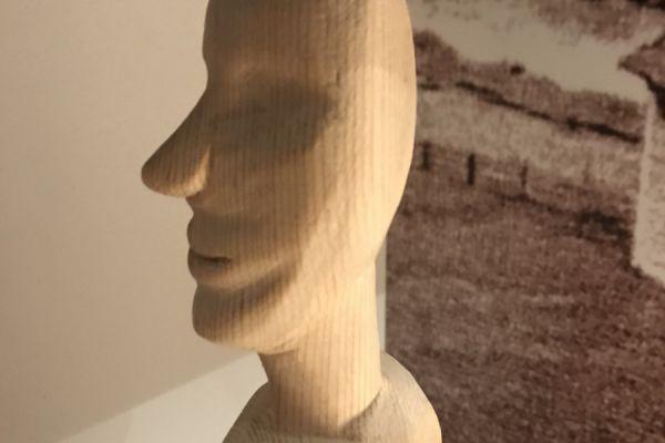 Holzfigur Handgeschnitzt Lärche