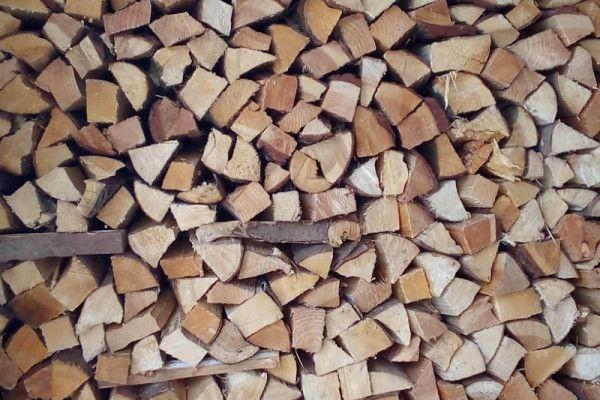 Brennholz Scheiter 30 cm trocken