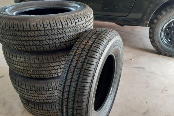 Verkaufe 5 Allwetter-Reifen 205/70/R15 M+S auch für Suzuki Jimny